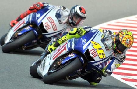 Lorenzo y Rossi dan espectáculo en Alemania