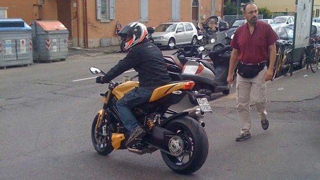 Ducati Streetfighter, ¿motor 848?