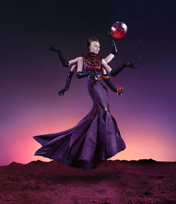 Foto de Milla Jovovich en el Calendario Campari (4/13)
