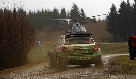 Jan Kopecký se sobrepone a un pinchazo y triunfa en el Jänner Rallye por medio segundo