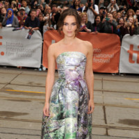 Keira Knightley Mary Katrantzou look