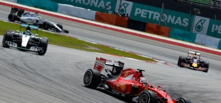 GP Malasia F1: ¿Buena estrategia de Ferrari o mala estrategia de Mercedes?