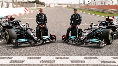 Hamilton Bottas Mercedes F1 2021