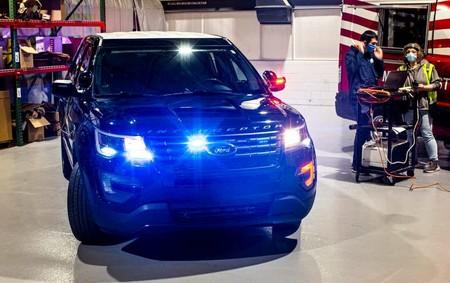 Los Ford Explorer Interceptor de policía en EEUU ahora pueden hornear su interior a 56ºC para neutralizar los virus
