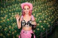Salvaje, Salvaje (Oeste) el cumpleaños de Katy Perry