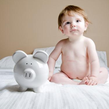 Entre 480 y 590 euros al mes: es lo que cuesta criar a un niño en España