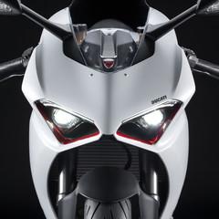 Foto 5 de 9 de la galería ducati-panigale-v2-white-rosso-2020 en Motorpasion Moto