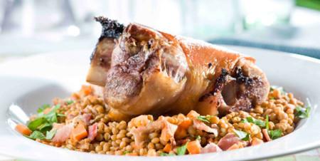 Jarret De Porc Confit Lentilles Au Petit Sale Viande