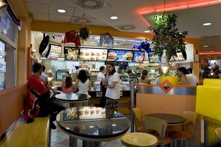 McDonald's fomenta la lectura infantil en familia