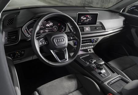 Audi Q5 2017 R 131
