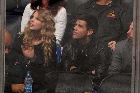 Taylor Lautner y Taylor Swift, el rumor del día en Internet