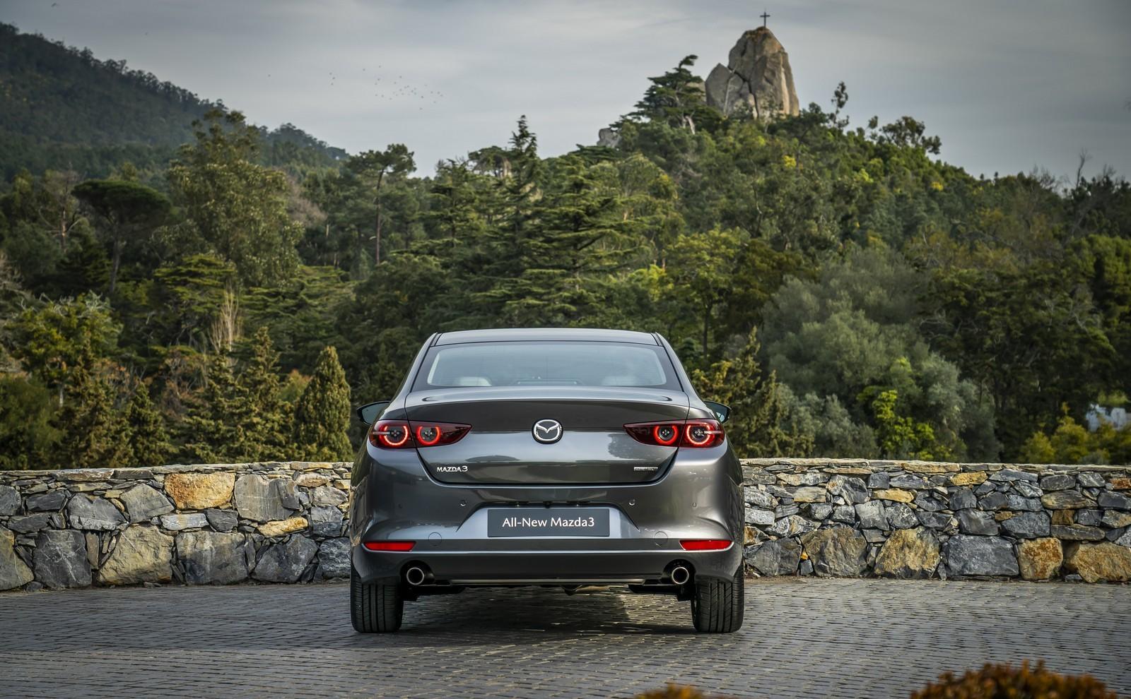 Foto de Mazda3 2019 Sedán (38/40)