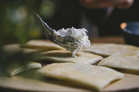 Hojaldre Burrata Y Pimiento 3