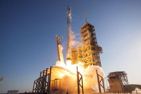 Si alucinaste con el lanzamiento del Falcon Heavy, hay más: éste es el calendario de los próximos eventos de SpaceX