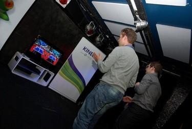 ¿Cómo organizar un salón para las nuevas consolas? Decoesfera responde