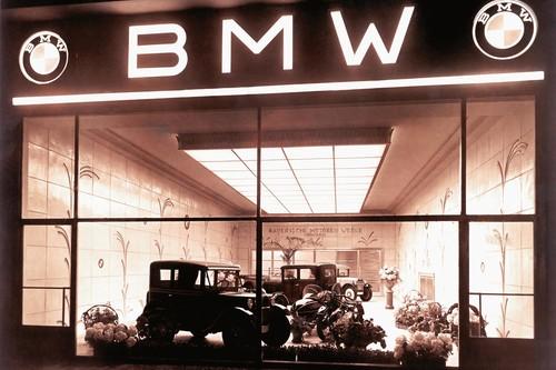 BMW cumple 103 años, aquí un breve resumen de su larga historia