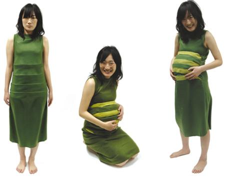 Skin, vestidos que crecen junto a la tripa de la futura mamá