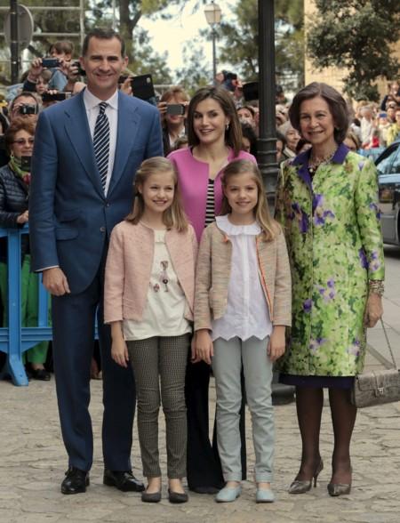 El look más sencillo de Doña Letizia en la Misa de Pascua