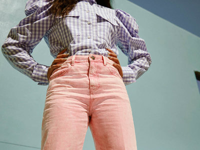 Asos rompe con los estereotipos que rodean a los pantalones vaqueros