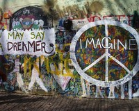El muro de John Lennon en Praga