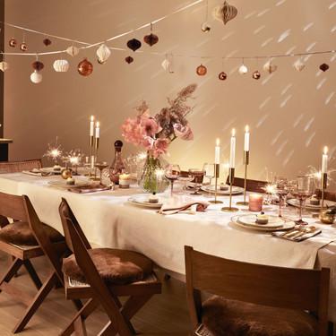 El editorial de H&M Home para recibir el año nuevo esta cargado de dorados y brilli-brilli