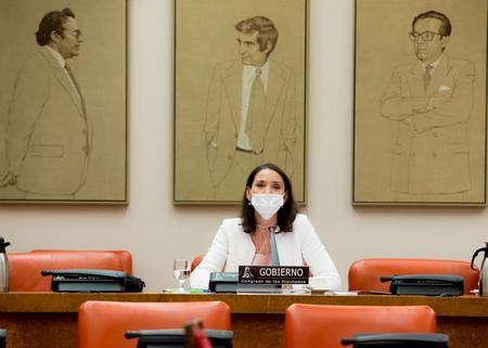 La ministra, Reyes Maroto anuncia la aprobación del Estatuto Electrointensivo y las ayudas a la hostelería antes de fin de año
