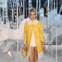Louis Vuitton Primavera-Verano 2012 al detalle: el carrusel de la moda