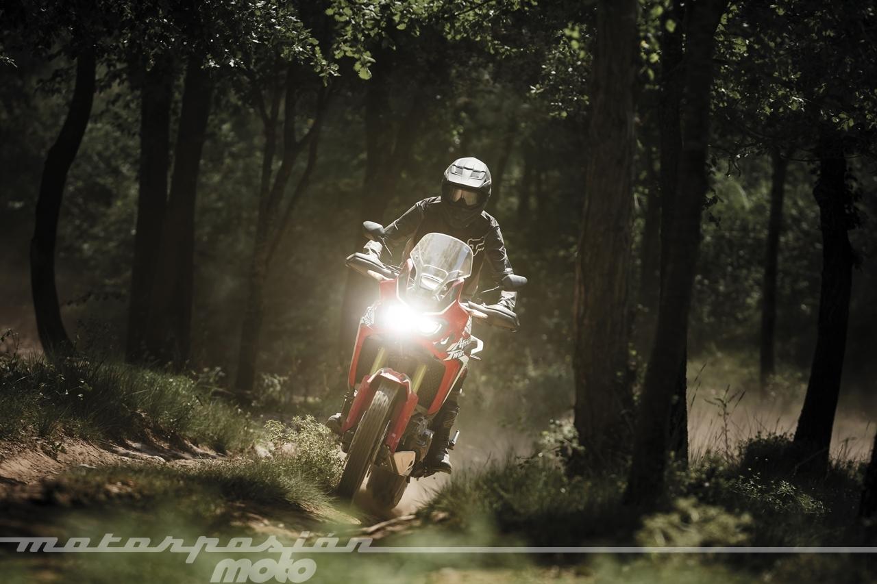 Foto de Honda CRF1000L Africa Twin (9/98)