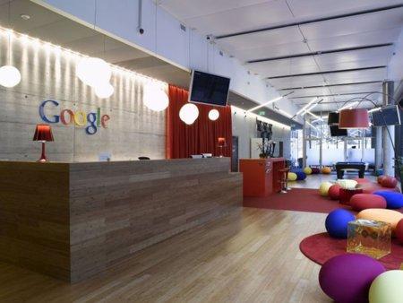 Oficinas de Google, vacías por estar todo el mundo trabajando en Google Me