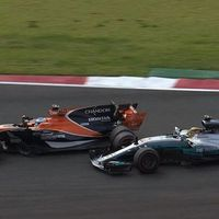 La lucha entre Fernando Alonso y Lewis Hamilton, lo mejor que nos deja el Gran Premio de México