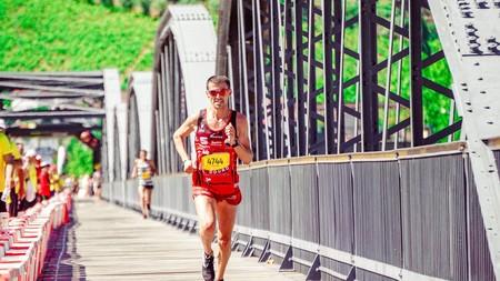 Asfalto, tierra o césped: ¿cuál es la mejor superficie para correr?