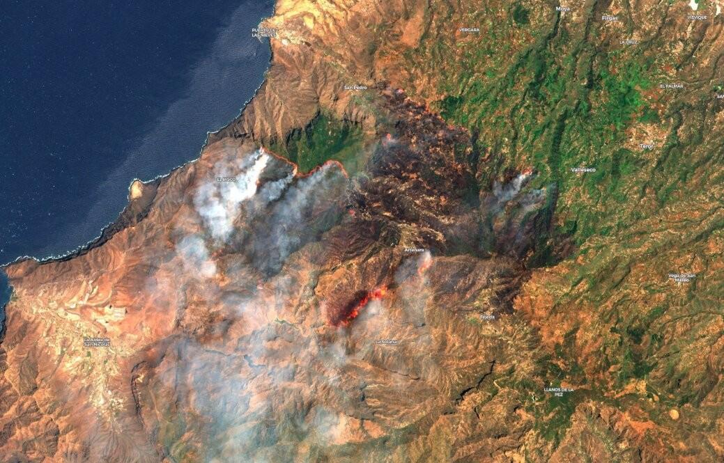 Más de 12.000 hectáreas y 9.000 personas desalojadas: así se ve el peor incendio de los últimos años desde el espacio