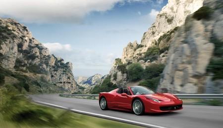 "100 Ferraris se van de ""quedada"" por Italia"