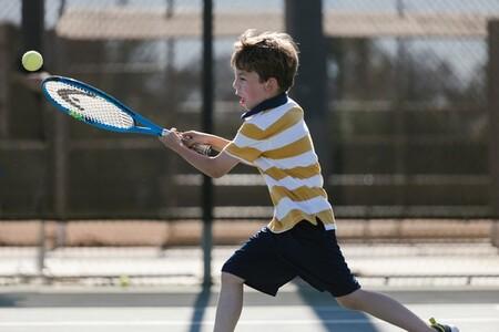 beneficios deportes de raqueta