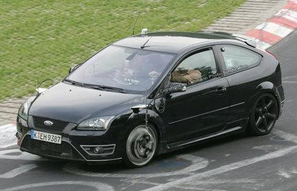 Ford Focus RS, otra vez de pruebas en Nurburgring