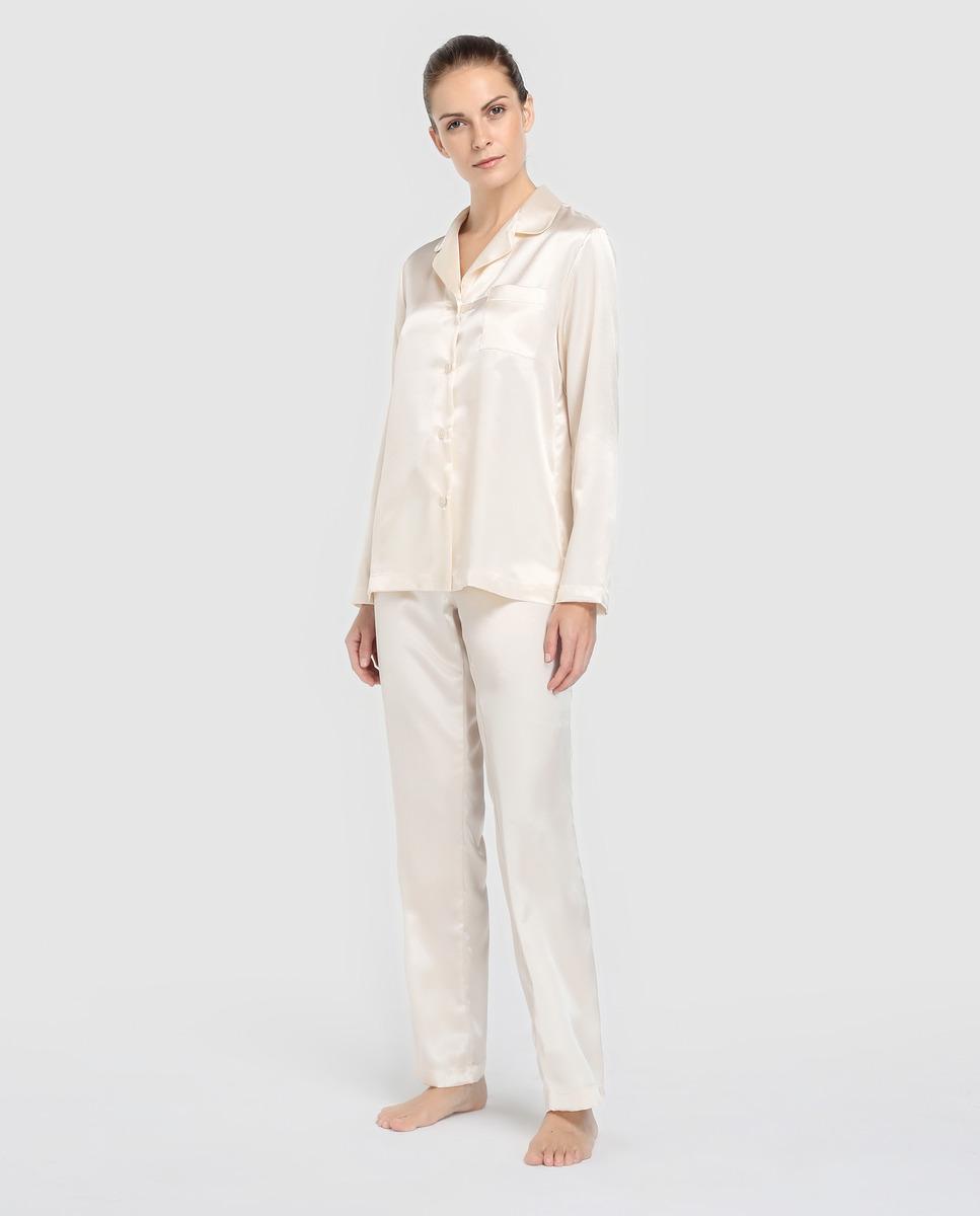 Pijama blanco de estilo masculino