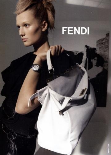 Fendi, campaña Primavera-Verano 2009 por Karl Lagerfeld, bolso