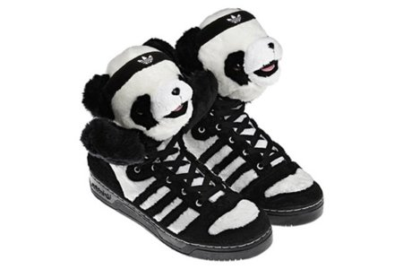 Zapatillas Adidas Panda Bear por Jeremy Scott