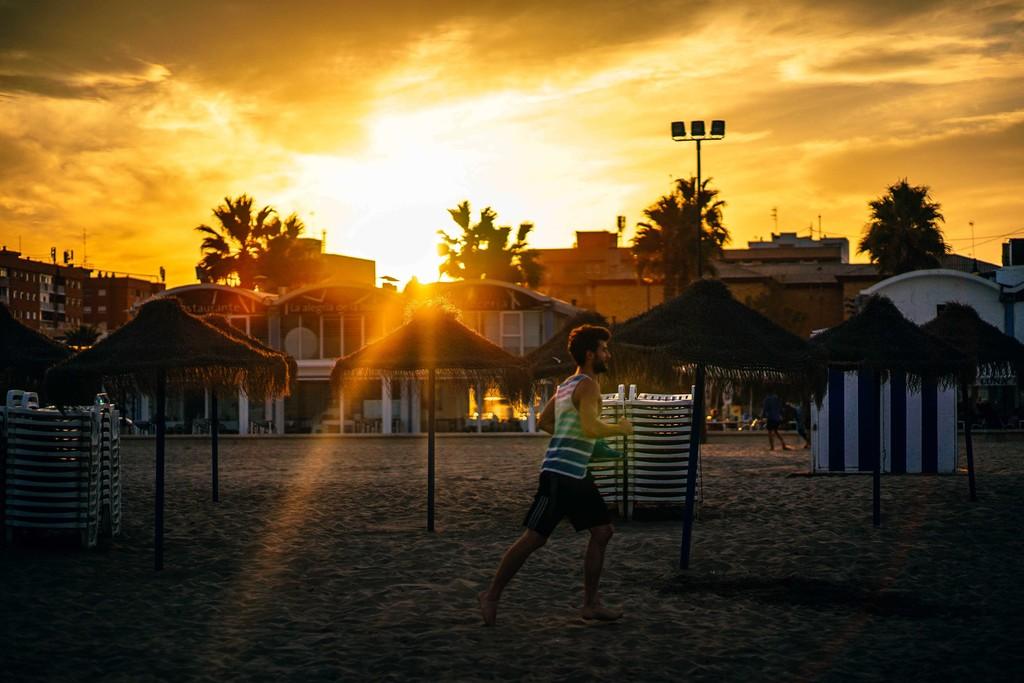 De Vacaciones No Pierdas La Oportunidad De Practicar Running En La Playa Aqui Sus Beneficios