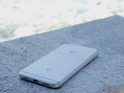 Google prepara ya el terreno para los Pixel 2: está recabando opiniones de los usuarios de sus Pixel y Pixel XL