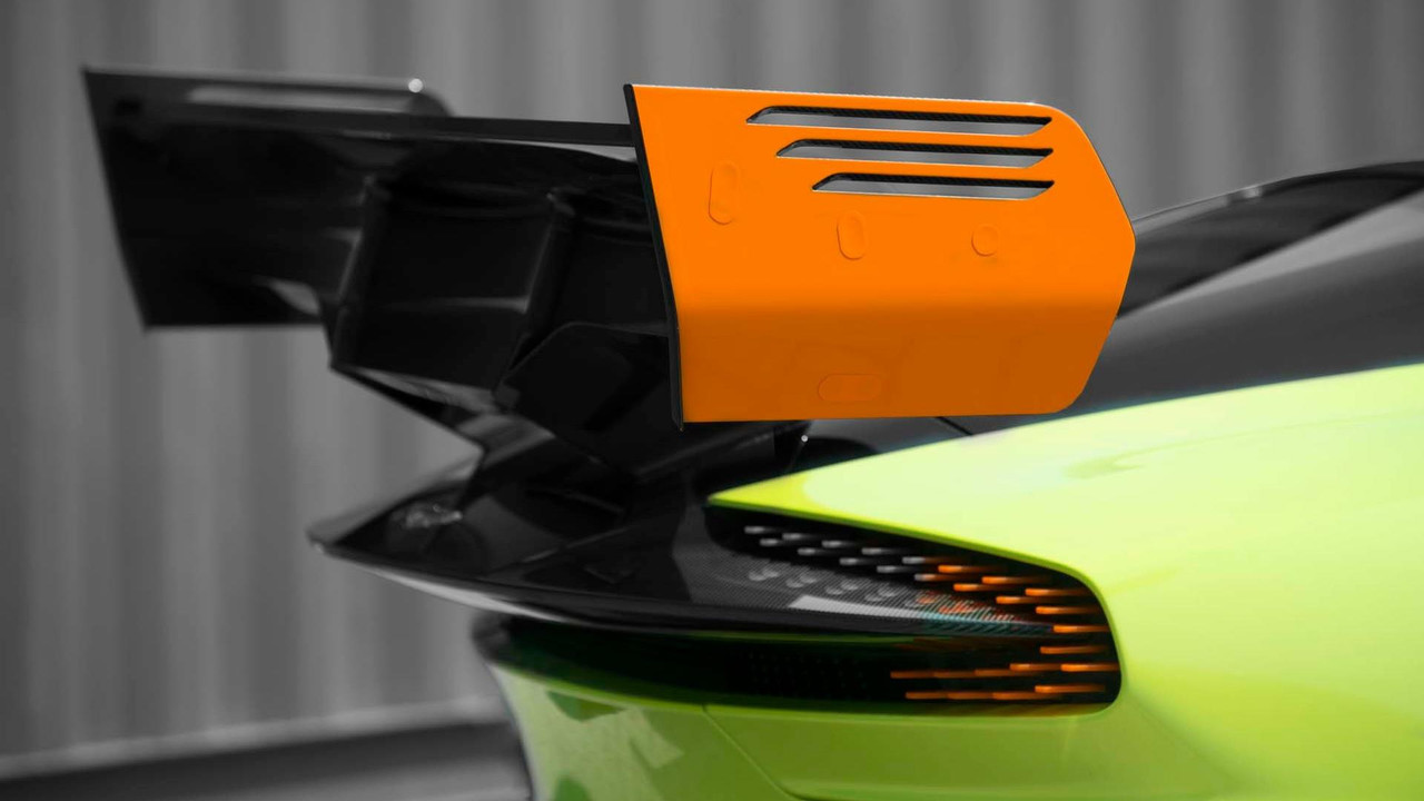 Foto de Aston Martin Vulcan AMR Pro (12/18)