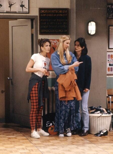 ImageRepasamos los looks más míticos de Friends y los adaptamos a las tendencias actuales con prendas de esta temporada
