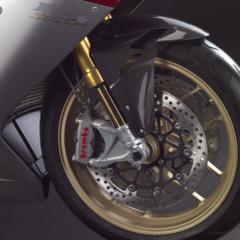 Foto 9 de 10 de la galería mv-agusta-f3-serie-oro-nueva-generacion-de-la-elegancia-italiana en Motorpasion Moto