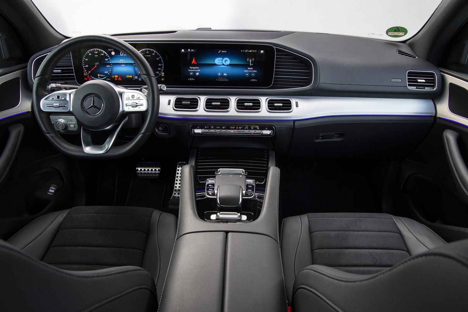 Foto de Mercedes-Benz GLE 350 de y GLC 300 e 2019 (5/13)