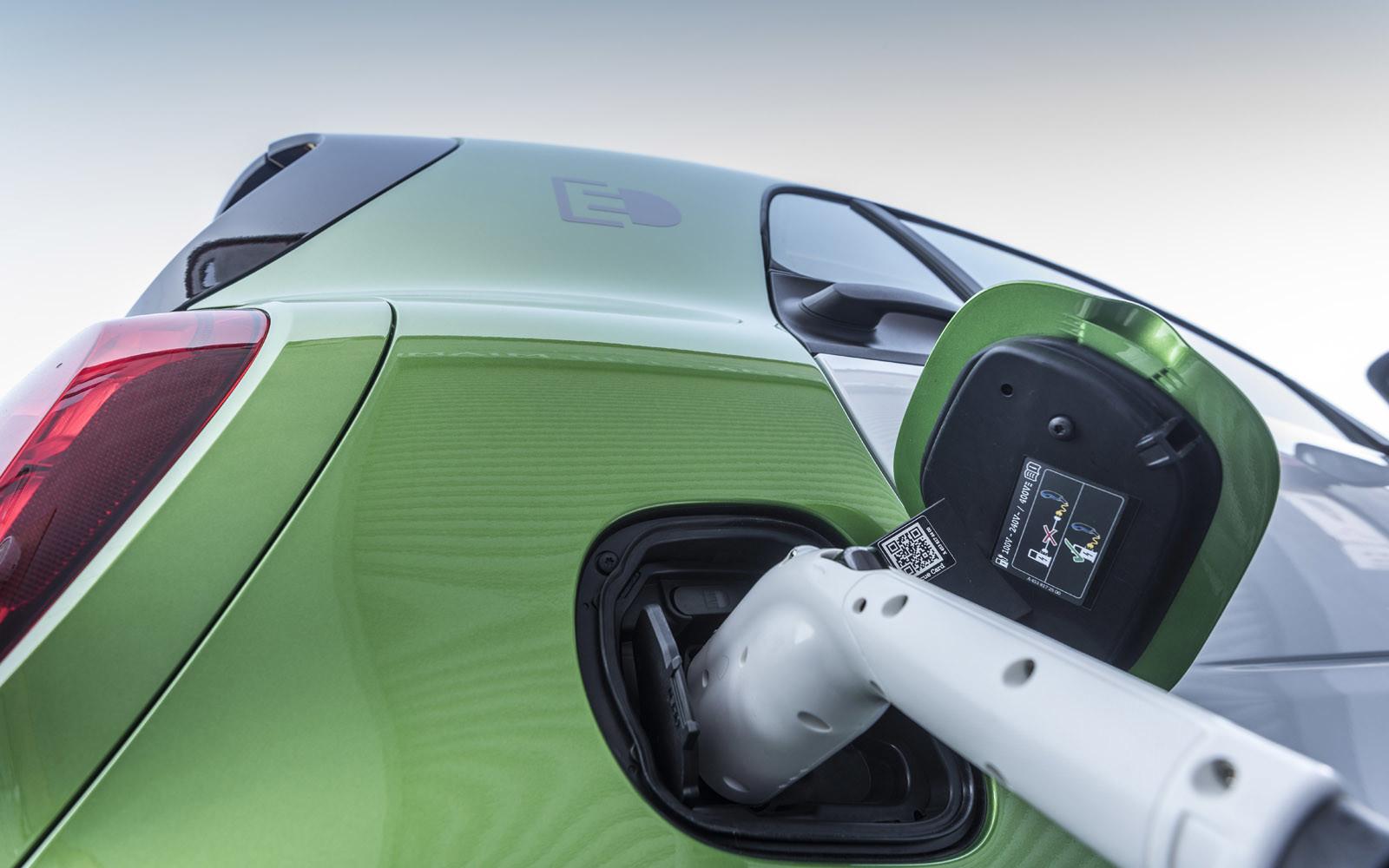 Foto de smart fortwo Electric Drive, toma de contacto (168/313)