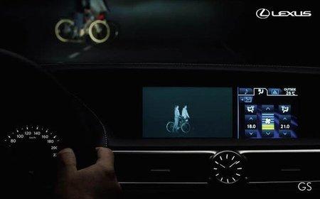 Visión nocturna de Lexus GS