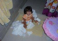La última trastada de tus hijos: Astrid y el lío de papel higiénico
