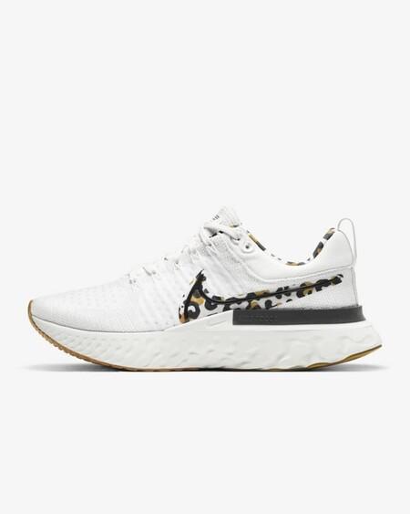 Nike React Infinity Run Flyknit 2