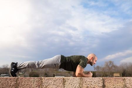 Cinco entrenamientos de abdominales en vídeo que puedes hacer en menos de 15 minutos