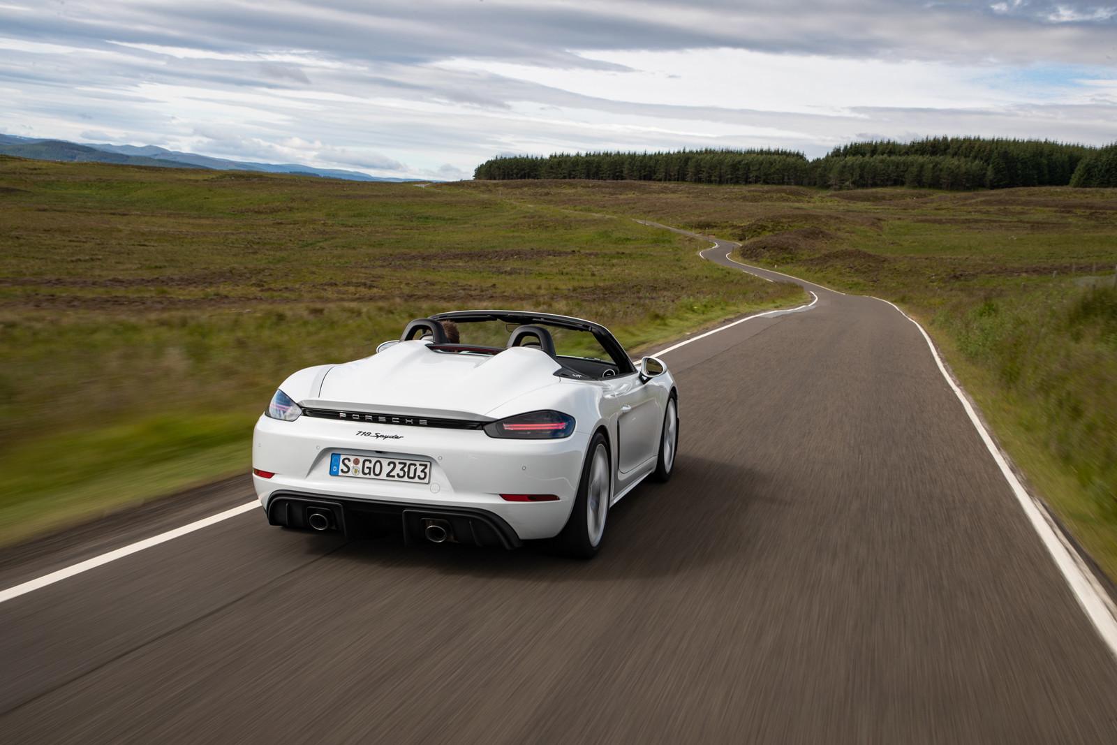 Foto de Porsche 718 Spyder (prueba contacto) (35/296)